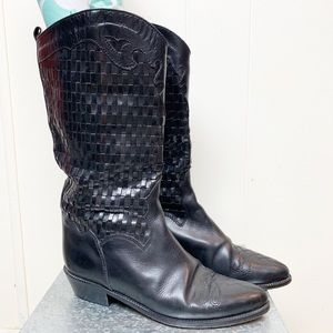 Joan & David hand made in Italy basket weave boot